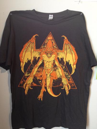 shirt_space-gargoyle_darkgray_01