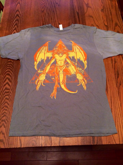 shirt_space-gargoyle_lightgray_01