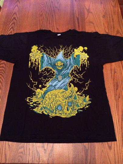 shirt_swamp-necromancer_black_01
